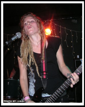 Gig with Texas Terri Bomb, Henriksberg Gothenburg